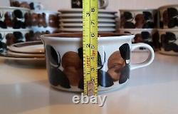 1 set / RUIJA TEA CUP + SAUCER + DESSERT PLATE ARABIA FINLAND Ulla Procopé