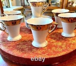 Italian Design Gold Tea Cup Saucer Set Fatto a Mano Fine Porcelain with Certific