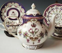 The Royal Collection QUEEN VICTORIA TEA SET English Bone China Teapot Cup Saucer