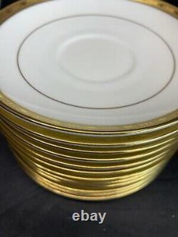 VTG Minton Winchester Demitasse K132 Gold Trim 11 Saucer N 12 Footed Cup Tea Set